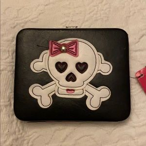 NWT Xhilaration skull wallet with pink bow